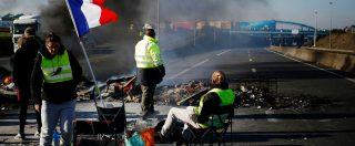 Gilet gialli in Francia, la protesta non si ferma: ancora 20mila persone in strada
