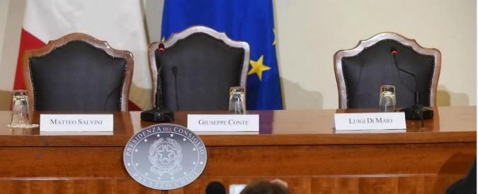 """Inceneritori, Conte firma protocollo sui rifiuti e blocca l'assalto di Salvini: """"La guida è il contratto"""""""