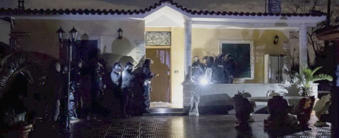Casamonica, maxi-blitz per abbattere otto ville del clan al Quadraro: in campo 500 uomini e la sindaca Virginia Raggi