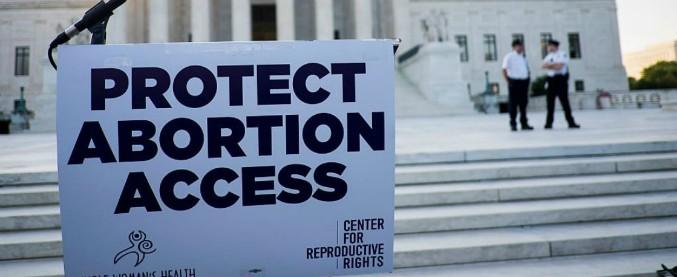 """Mississippi, giudice boccia legge che impedisce l'aborto dopo 15 settimane: """"Viola i diritti costituzionali delle donne"""""""