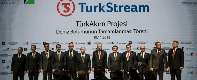 Putin da Erdogan per inaugurare il Turkstream: celebrato il predominio russo nella geopolitica dell'energia