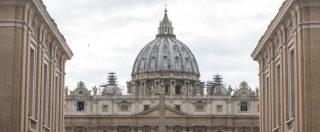 """Pedofilia, in Vaticano le testimonianze degli abusati: """"Assassini dell'anima"""". La svolta del Papa, le resistenze nella Chiesa"""