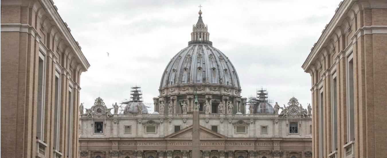"""Vaticano, Zanchetta sotto accusa anche in Argentina: """"Abusi sessuali aggravati"""""""