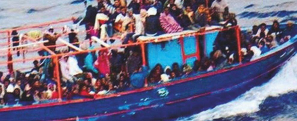 A Pozzallo 200 profughi. Da Salvini attacco a Malta