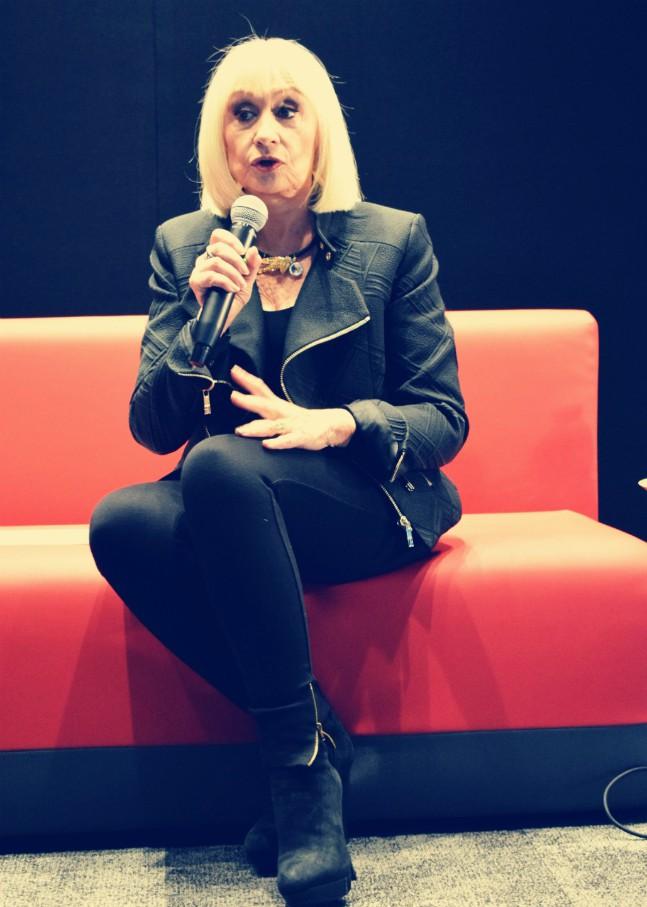 """Raffaella Carrà a Paolo Sorrentino: """"Nel tuo film hai messo la mia canzone in mezzo a gente che prende la cocaina, non è esaltante per me"""""""