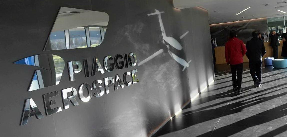 """Piaggio Aerospace, sciopero dipendenti per ritardo stipendi: """"Colpa del Governo"""". Di Maio: """"Lunedì commissario e paghe"""""""