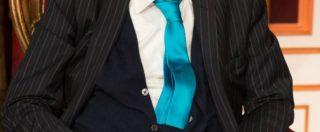 Sandro Mayer è morto: aveva 77 anni. Addio al re del gossip italiano dal celebre parrucchino