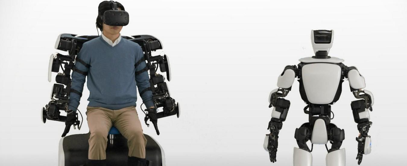 Toyota controlla un robot umanoide da 10 Km di distanza grazie alla rete 5G