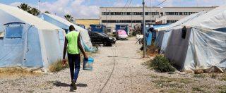 """San Ferdinando, 18enne del Gambia muore carbonizzato nella tendopoli. Cgil: """"Condizioni non degne di un Paese civile"""""""