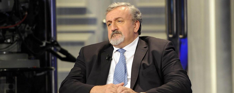"""Michele Emiliano lascia il Pd: """"Una scelta dolorosa ma inevitabile, me lo impone il mio ruolo di magistrato"""""""