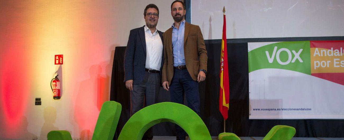 Elezioni Andalusia, Dio-Patria-Famiglia: così la destra anti-immigrazione e sovranista preoccupa anche la Spagna