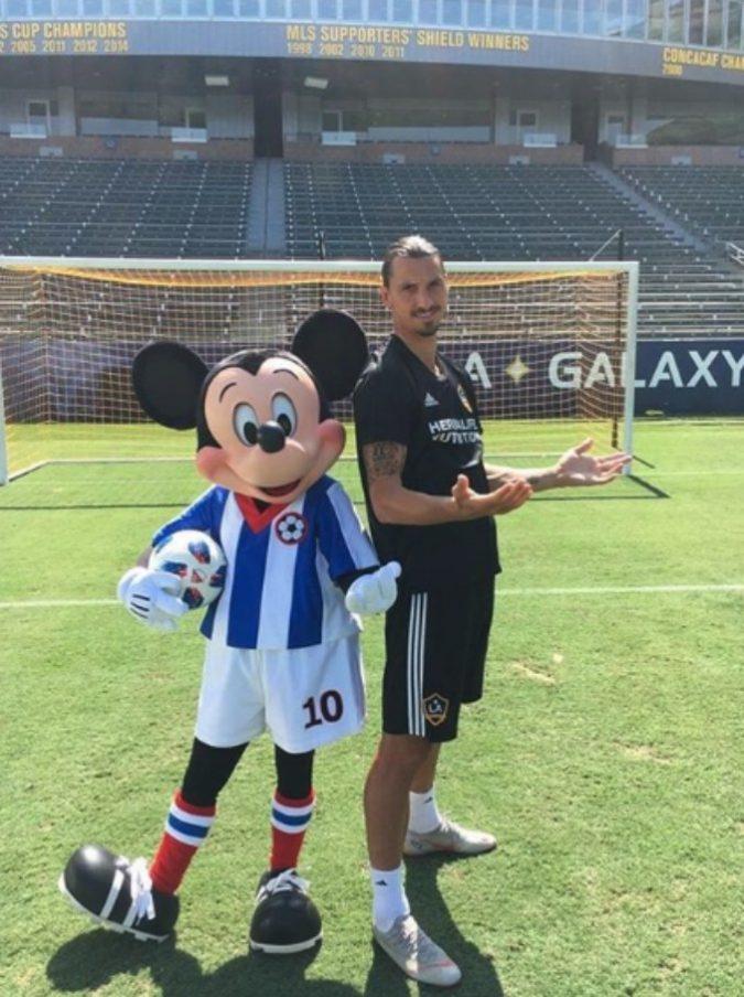 La squadra dei sogni diZlatan Ibrahimovic? Eccola. Lui attaccante, tanti super campioni ma ne manca uno…