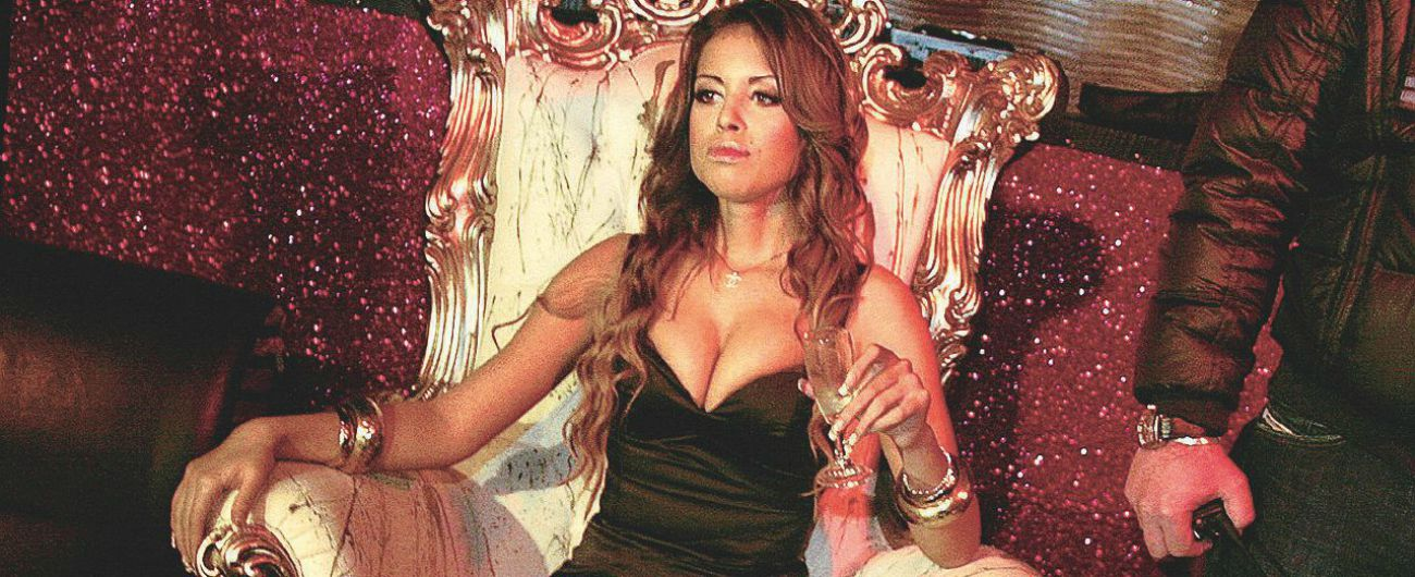 """Ruby, l'ex legale: """"Da Berlusconi 5 milioni tramite banca ad Antigua. Sapeva che era minore"""". Ghedini: """"Falso, quereliamo"""""""