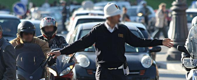 Savona, bestemmia davanti ai figli: uomo di 40 anni prende multa da 100 euro