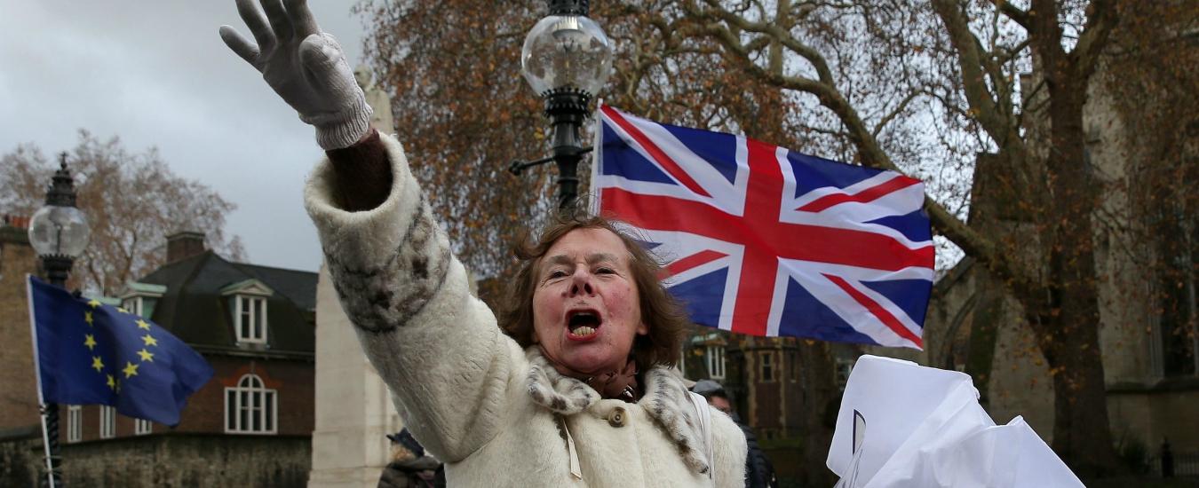 Brexit, la Gran Bretagna può annullare tutto. I remainers tornano a sperare