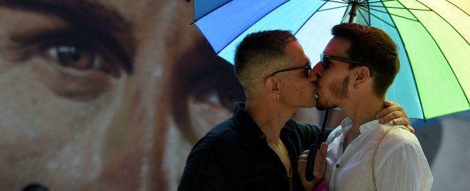 Dritto amici provare gay sesso