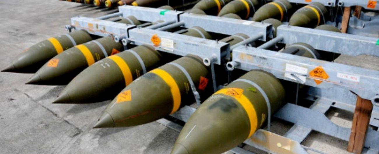 """Armi ai sauditi, ok alla mozione Lega-M5s per lo stop all'export di bombe e missili. Pd e Leu astenuti: """"Perché altre armi no?"""""""