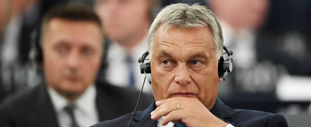 """Ungheria, 500 giornali e tv confluiscono nella fondazione vicina al premier Orban """"Controllo come a tempi del comunismo"""""""