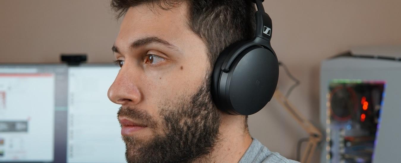 Cuffie Sennheiser HD 4.50: buon sound e ottimo isolamento acustico, ma quanto costano!