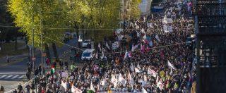 """No Tav, il corteo a Torino: """"M5s faccia quanto ha promesso"""". Organizzatori: """"Siamo 70mila"""". Sindaca: """"Opera del passato"""""""