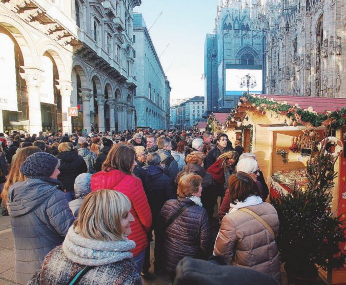 Basta un mercatino di Natale per capire la nuova povertà