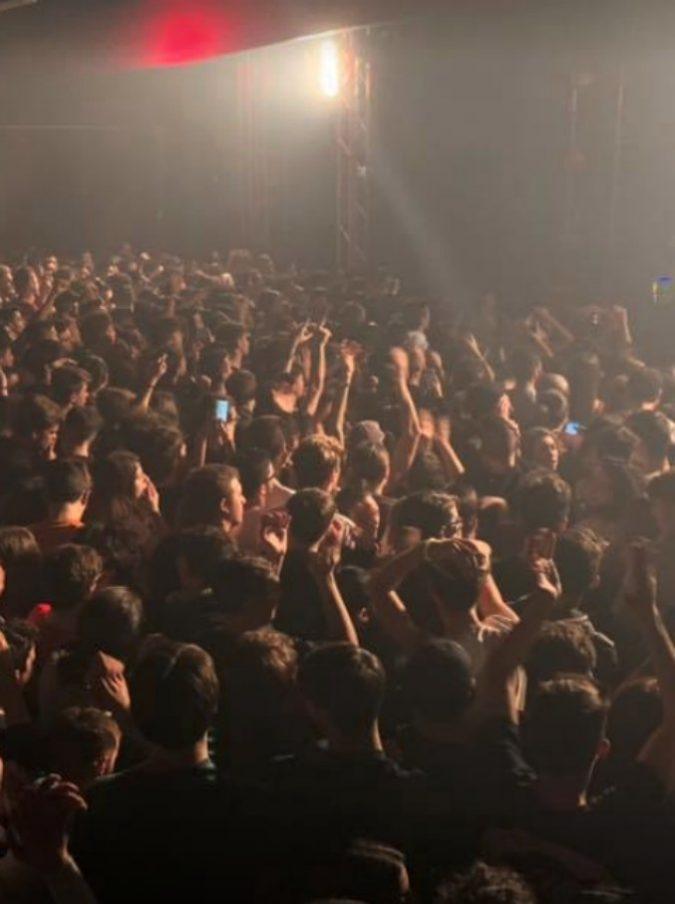 """Discoteca Corinaldo, """"ospitate spot e dj set? I locali lo fanno per sopravvivere. Il passo indietro potrebbe partire dai cantanti"""""""