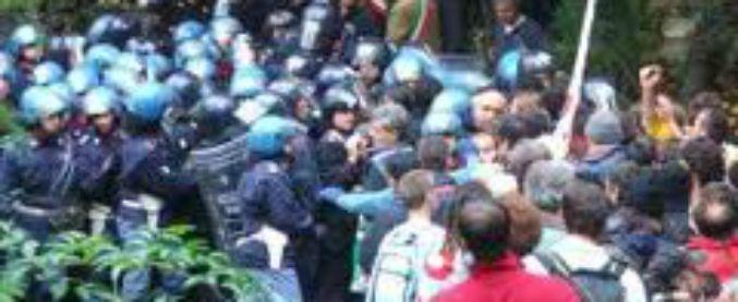 """No Tav, la Cassazione: """"Reazione di rabbia provocata"""" dal lancio di lacrimogeni delle forze dell'ordine"""