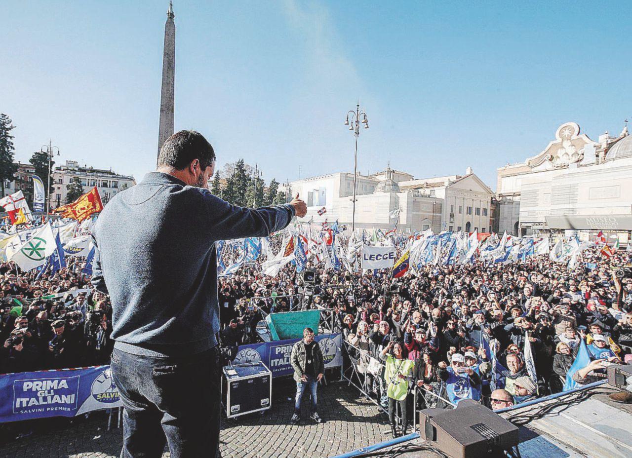 Salvini, il ministro di Tutto e i 60 milioni di baionette