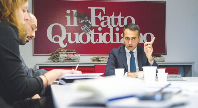 """""""Il governo non cade: Salvini, se ci molla per B. si suicida"""""""