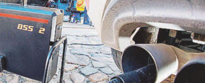 """Emissioni diesel, Corte Ue boccia i limiti: """"Troppo alti"""". Annullato il regolamento Ue generoso con la lobby dell'auto"""