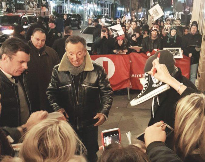 Il sussurro di Springsteen tra le lacrime della sua gente