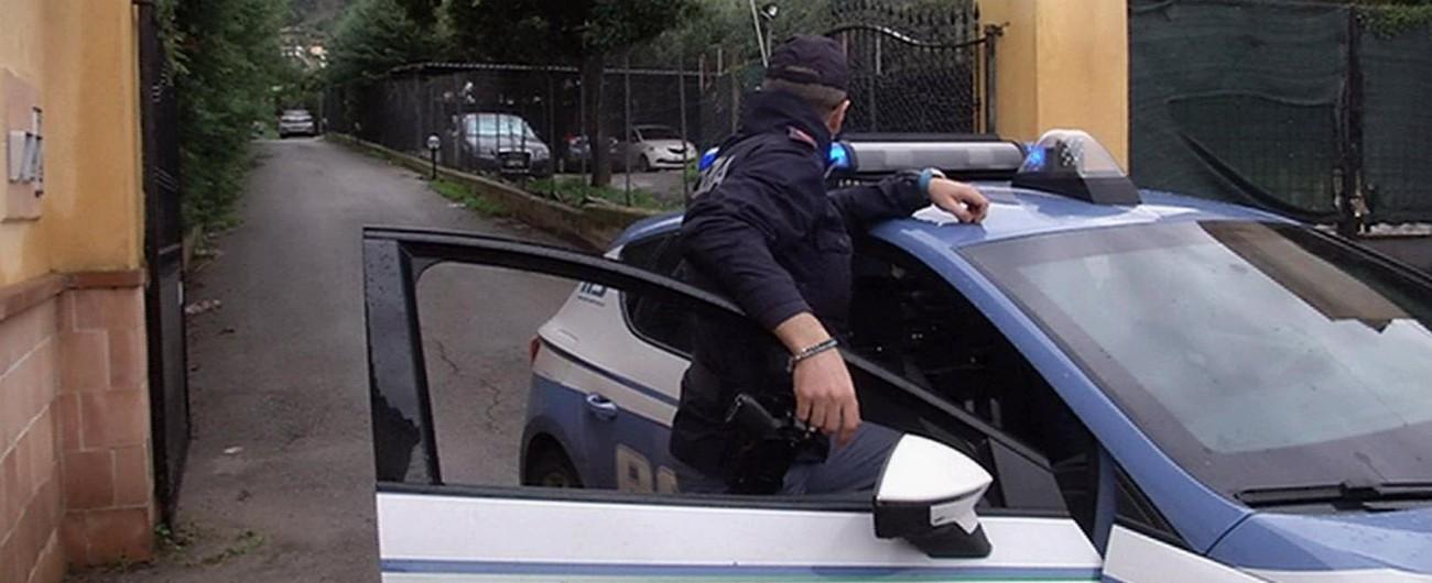 """Palermo, uccide il marito a coltellate nel sonno con l'aiuto dei due figli maggiori """"Uomo violento, maltrattava la moglie"""""""