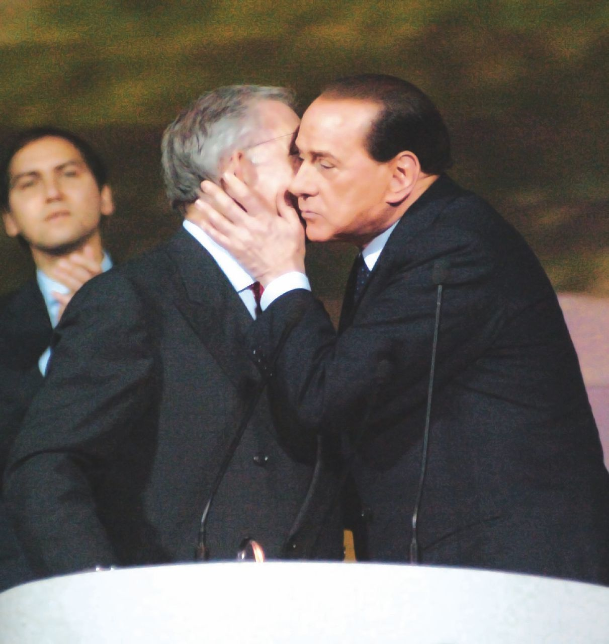 """Messina Denaro mi disse: """"Graviano incontra Silvio"""""""