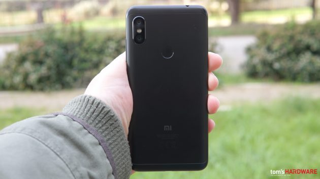 Recensione Xiaomi Redmi Note 6 Pro: buona fotocamera e ottim