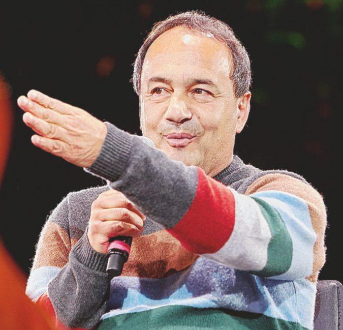 """Sgarbi-show con Lucano: """"Voglio farlo candidare"""""""