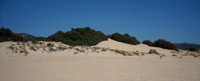 """Sardegna, gli ambientalisti comprano le dune di Chia: """"Rischiavano di finire in mano agli investitori arabi"""""""