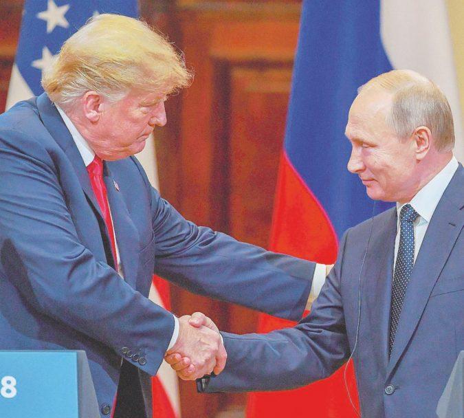 Trump all'angolo: così Putin ha mosso il voto di Usa 2016
