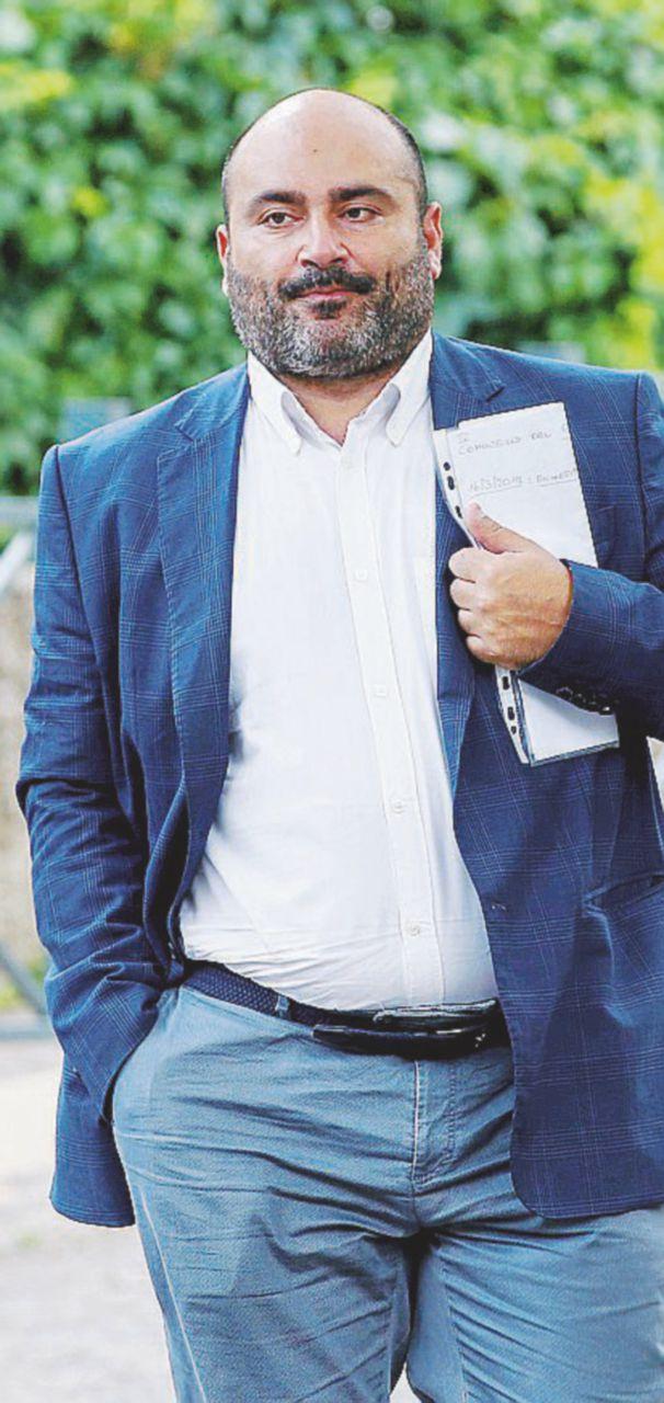 Paradosso Palozzi: ritorna ma è interdetto
