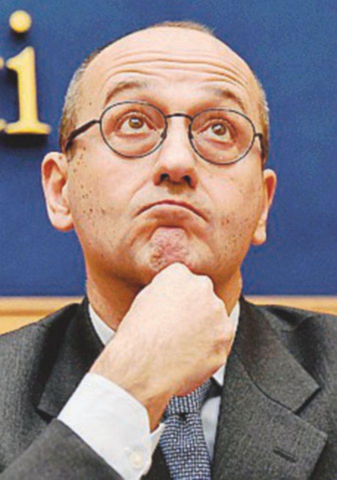 """Ecco il testo 'salva-Bcc' Bagnai (Lega): """"Bce e Bankitalia distratte"""""""