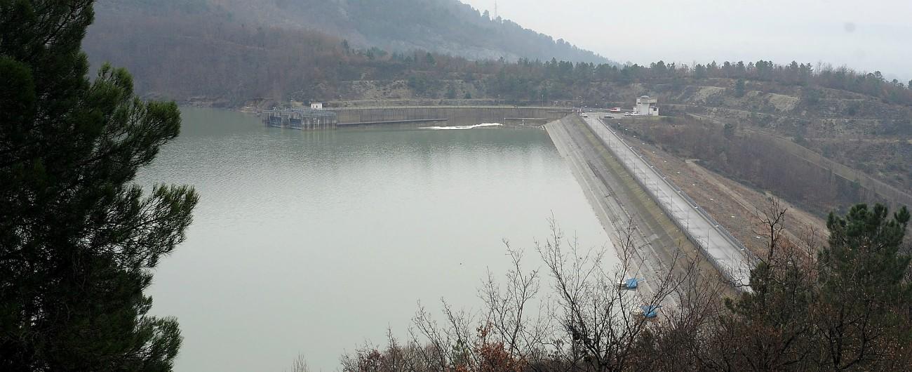 Incentivi rinnovabili, la bozza del decreto scontenta ambientalisti e associazioni del settore idroelettrico. E divide il governo