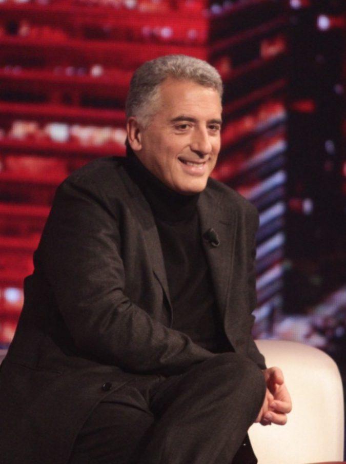 """Linea Notte, Maurizio Mannoni adirato perché Bianca Berlinguer gli dà la linea in ritardo: """"Che facciamo, andiamo in onda?"""""""