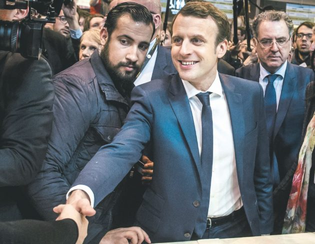 Francia, fermato ex consigliere di Macron Benalla: indagato