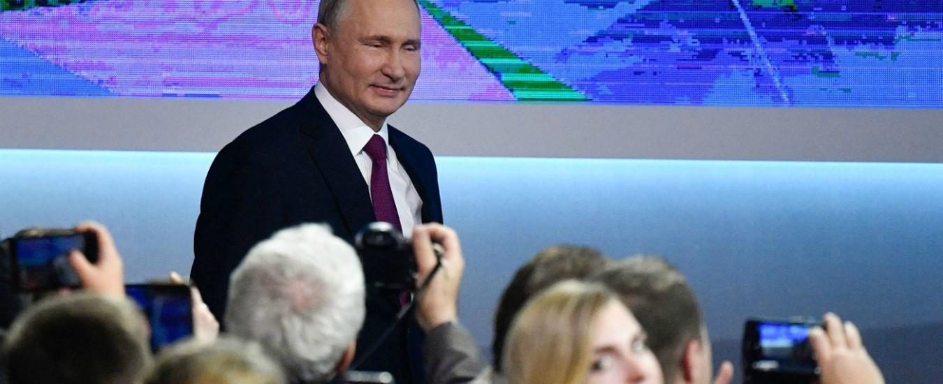"""Putin: """"Il mondo sottovaluta il rischio di una guerra nucleare. Può portare alla fine del civiltà e del pianeta"""""""