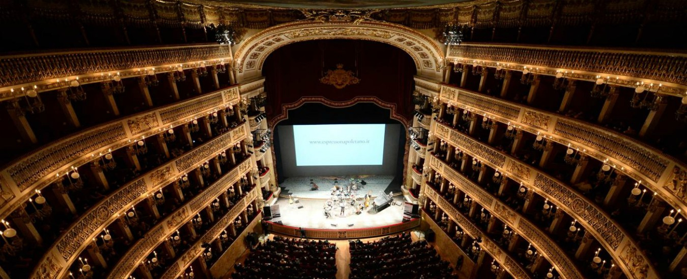 Teatro San Carlo: noi gli aristocratici 'imbucati', loro gli intoccabili in poltrona