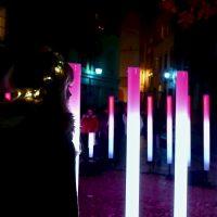 Colonne di luce in Place du Griffon
