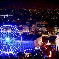 La ruota Panoramica e il panorama notturno