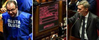 """Manovra, il governo ottiene la fiducia alla Camera: 327 favorevoli. Fi in Aula con i gilet azzurri. Il Pd: """"Premiati i furbi"""""""