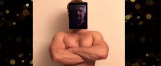 """Grillo, controdiscorso di fine anno: """"In alto i cuori, se li avete"""". Il volto del fondatore M5s su un corpo da culturista"""