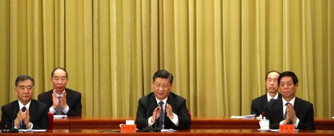 """Cina, Xi Jinping a Taiwan: """"Riunificazione pacifica. Ma non promettiamo di rinunciare all'uso della forza"""""""