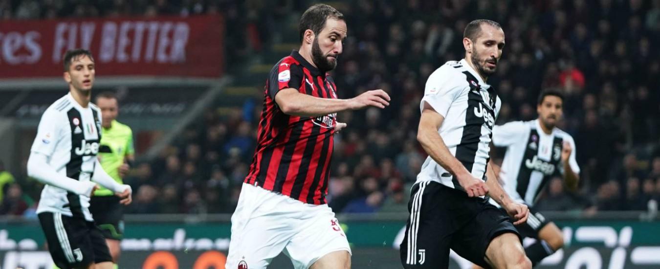 Supercoppa in Arabia, i partiti contro la Lega calcio per i settori riservati a soli uomini. Replica: 'Con Riad Italia fa affari'